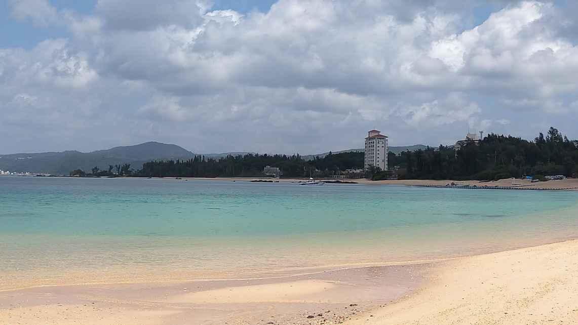 喜瀬公園ビーチの全景